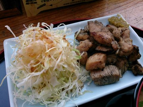 新宿みやざき館KONNE(こんね)・鶏炭火焼